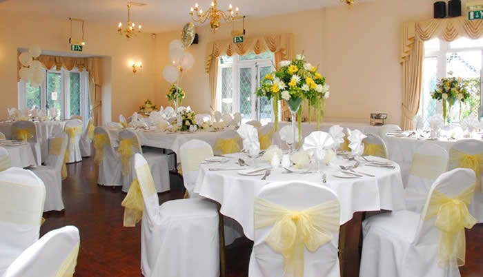 Essex wedding flowers for your perfect floral setting