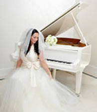 Listen to your wedding pianist play romantic piano music on your wedding day in Essex.